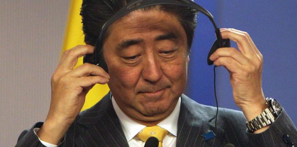 Japón amplía sanciones a Moscú
