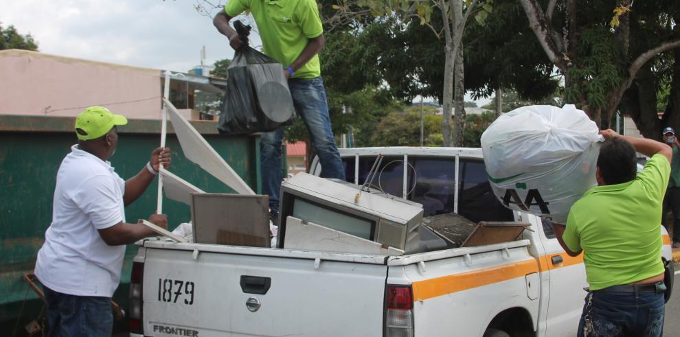 Realizan recolección de basura en Betania