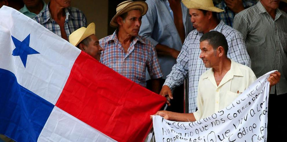Campesinos de Chepo piden respaldo de CSJ