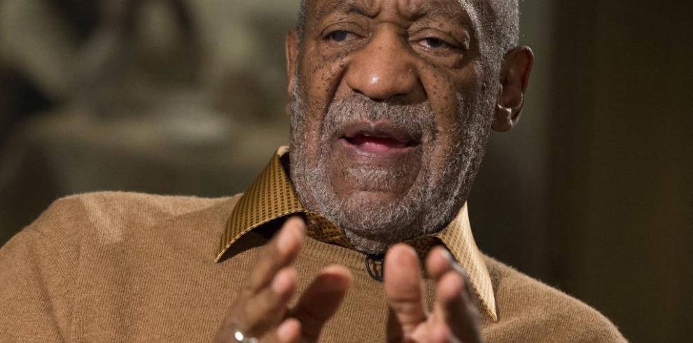 Marina de EE.UU. revoca a Bill Cosby un título honorífico