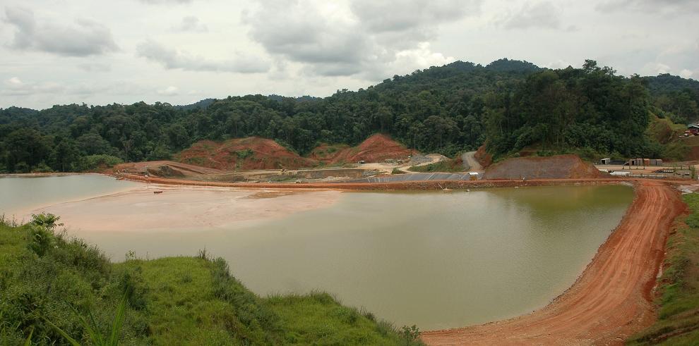 Minera Panamá dice que paro de trabajadores es ilegal y ordena desalojos