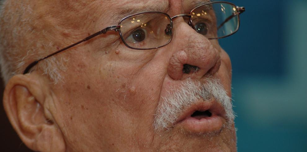 Fallece Aurelio Paredes, pionero de la televisión panameña