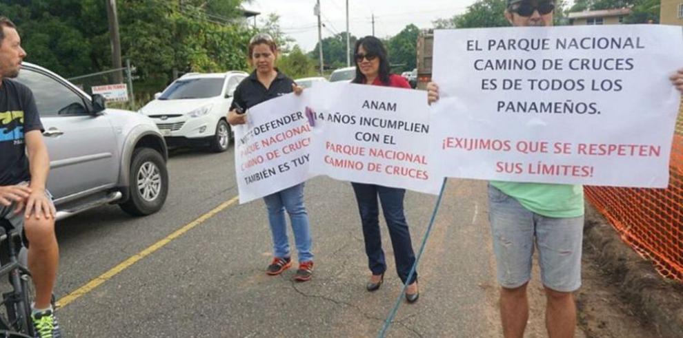 Piden a Varela detener daños en parque