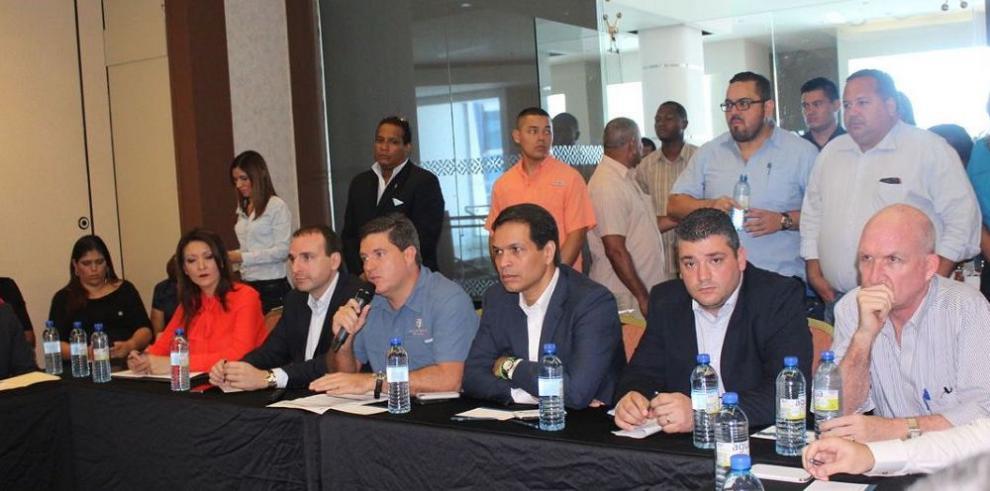 Explican avances del proyecto Renovación Urbana de Colón
