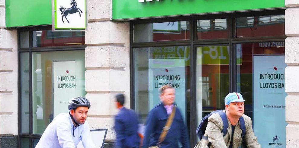 El cierre físico de Lloyds comprueba que seguirá 'online'