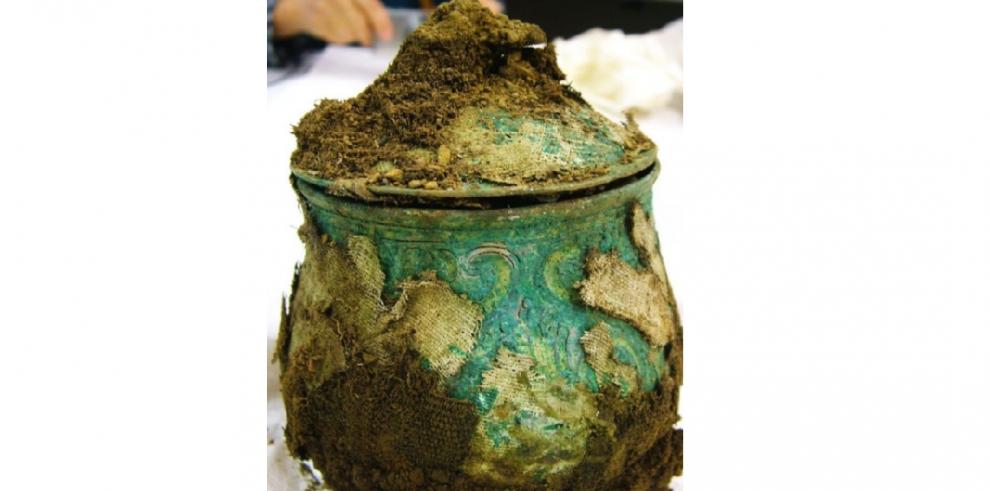Un aficionado descubre el mayor tesoro vikingo de Escocia