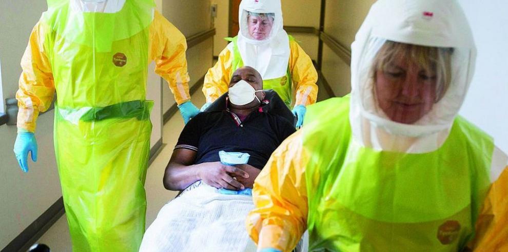 El ébola no es para improvisar
