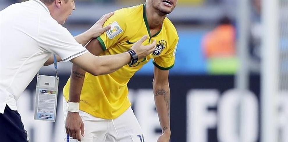 Neymar lesionado en Brasil-Chile y es duda para cuartos
