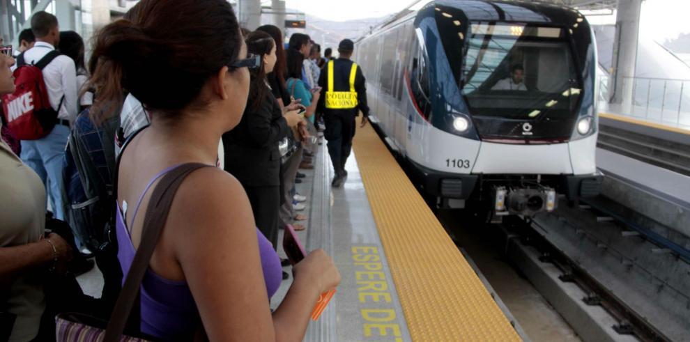 Metro de Panamá vuelve a funcionar