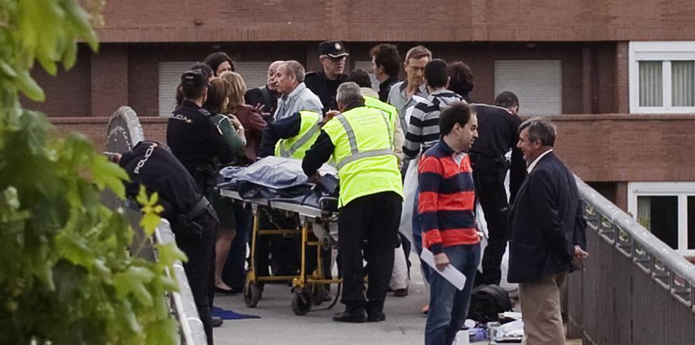Muere asesinada en la calle una dirigente regional del PP español