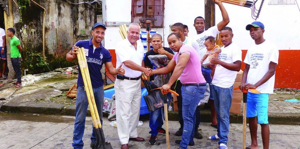 Fundación La Riviera en Colón