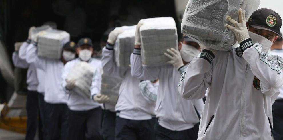 Policía peruana incautó 7.6 toneladas de droga