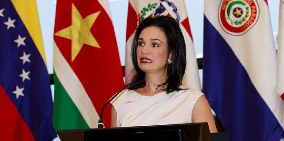 Canciller viaja a Florida para promover la VII Cumbre de las Américas