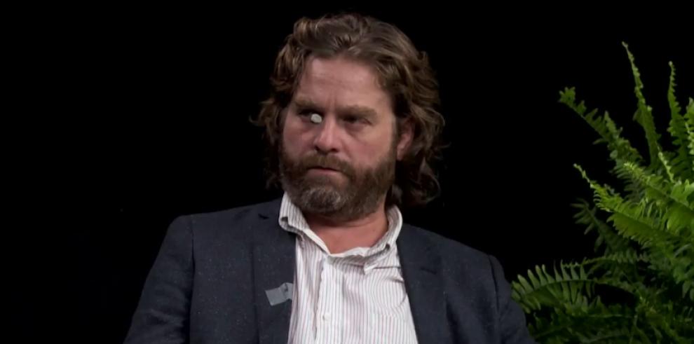 Brad Pitt le escupió un chicle en la cara a otro actor de cine