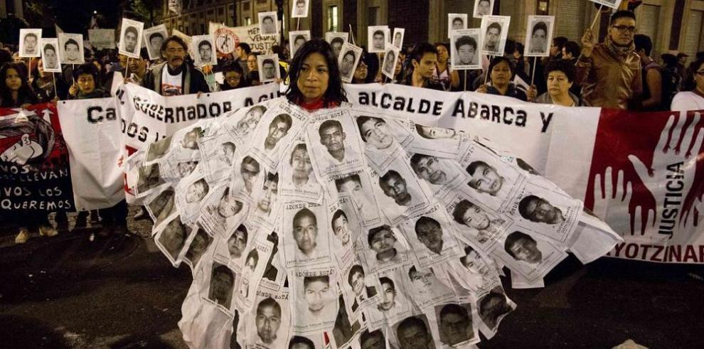 El gobernador de Guerrero deja el cargo por críticas