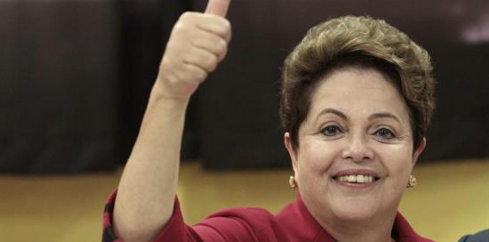 Rousseff y Neves cierran campaña electoral más disputada en décadas en Brasil