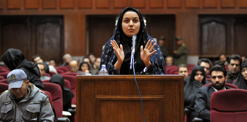 Irán ahorca a mujer que mató a presunto violador