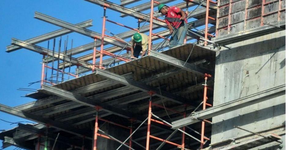 Plycem capacita a los trabajadores de la construcción