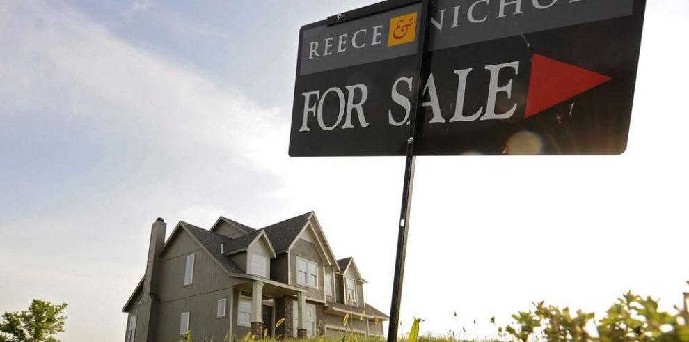 Construcción de casas cae 2.8% en octubre