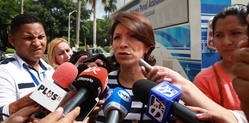 Ana Matilde Gómez dice que el PAN debe ser cerrado