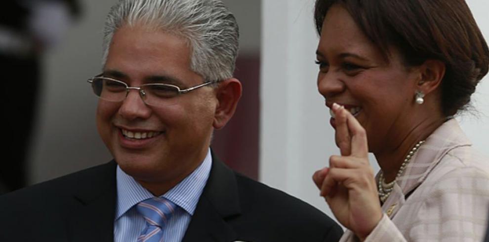 Presidencia inicia el mes de la cinta rosa