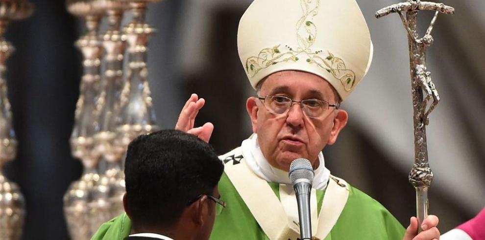 Francisco inició su primer sínodo