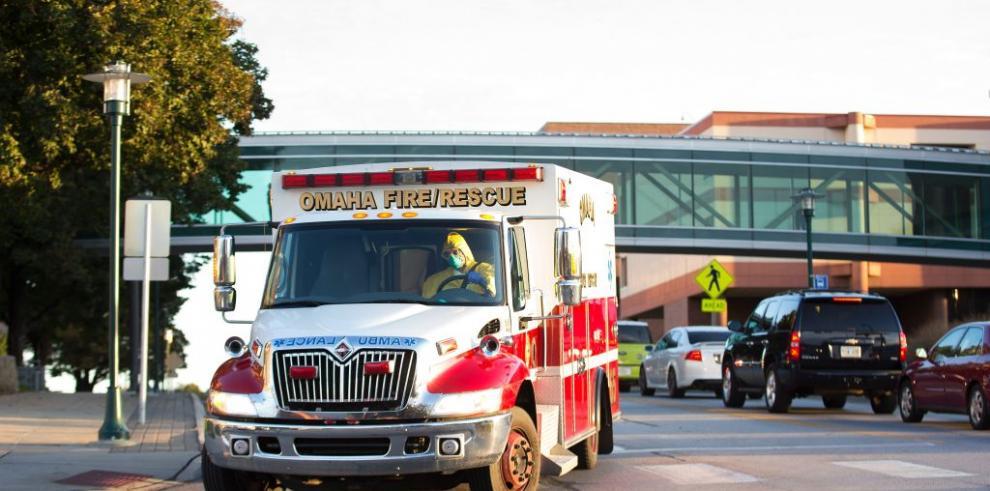 Llega a EEUU quinto estadounidense con ébola