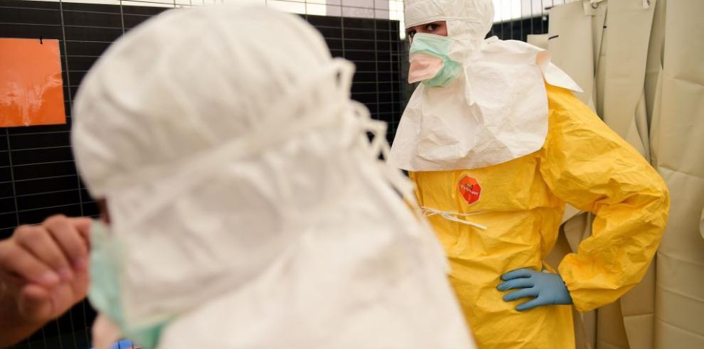 Enfermera española, primera contaminada de ébola fuera de África