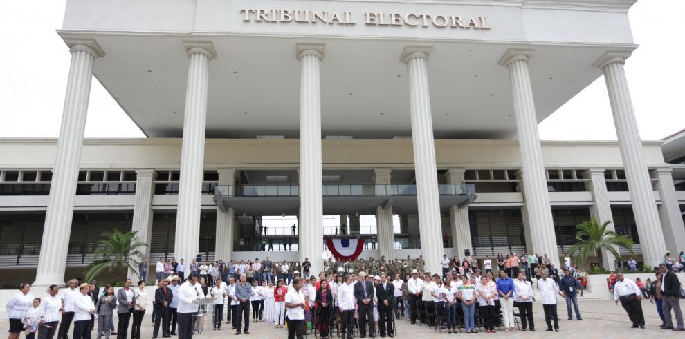 Crean Comisión Nacional de Reformas Electorales del TE