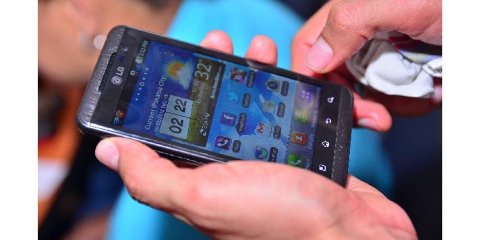Número de líneas de telefonía móvil en Brasil supera los 275 millones