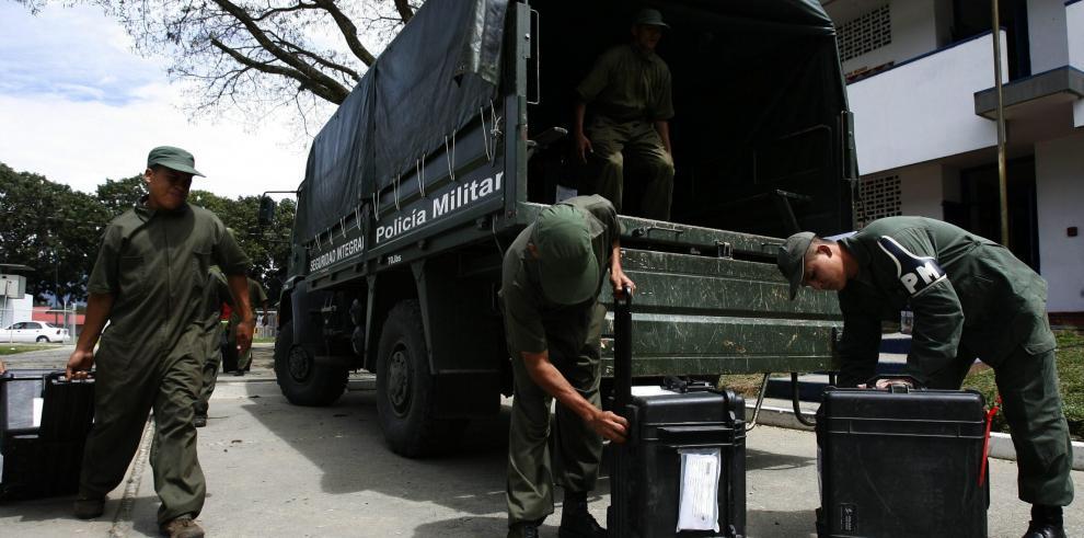 Empresa alemana vendió armas a Caracas sin permisos, según diario