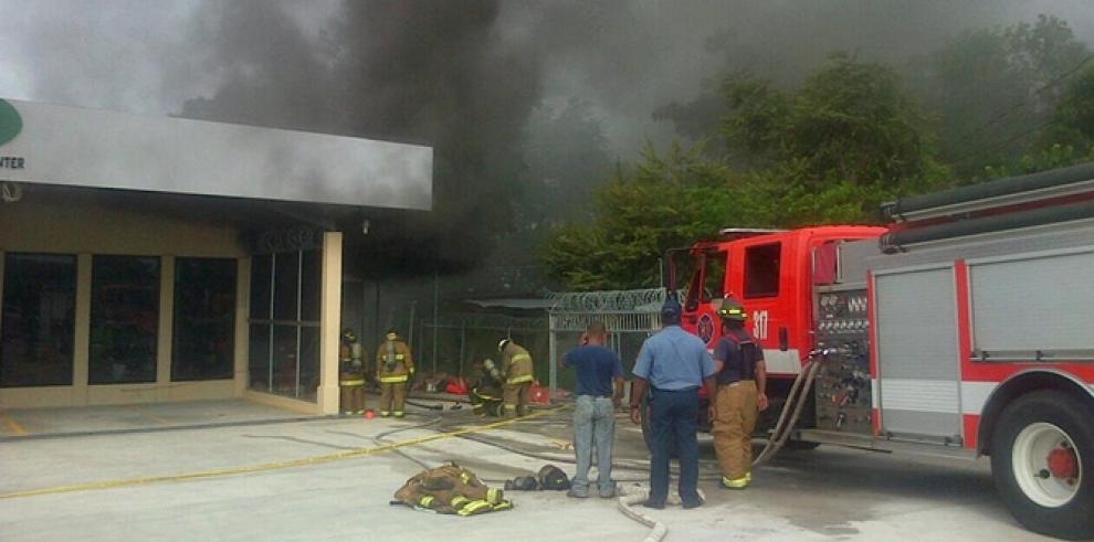 Incendio en depósito de equipos de seguridad en Penonomé