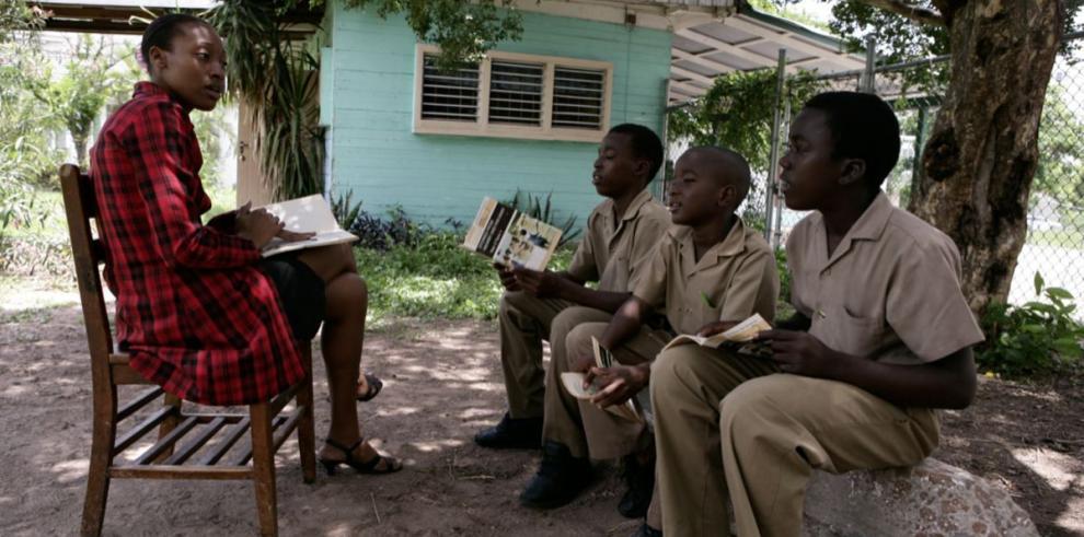 Campaña PASS de Western Union fomenta la educación secundaria