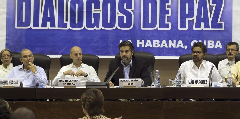 Histórico: Farc reconocen a sus víctimas en proceso de paz en Colombia
