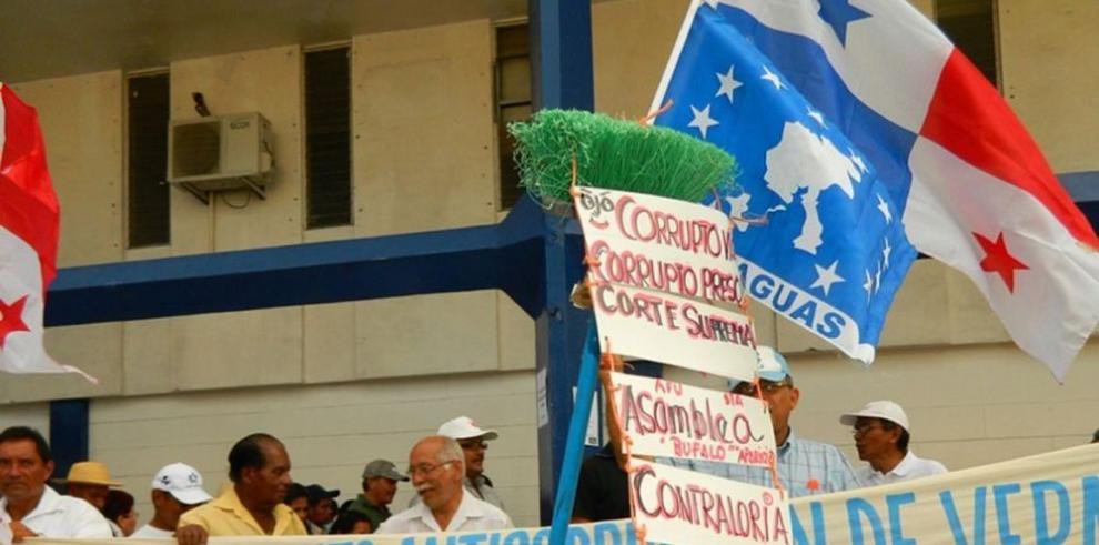 Veragüenses forman un comité anticorrupción