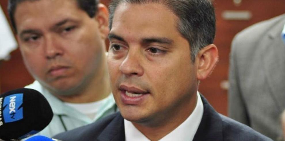 DiputadoValderrama propone Contralor Municipal