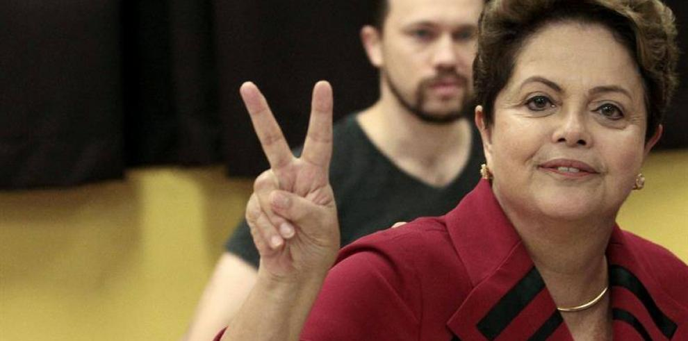 Brasil va a las urnas con Dilma Rousseff como gran favorita