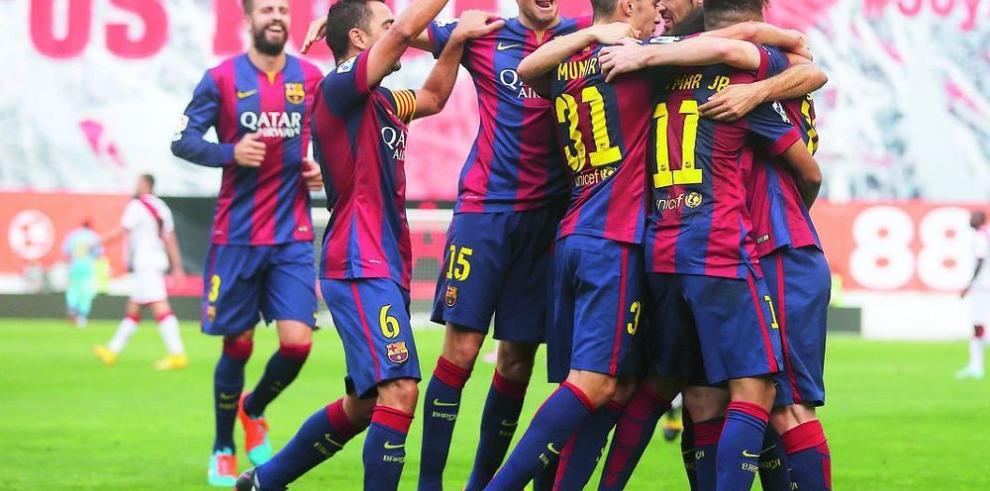 Barcelona continúa comandando en España