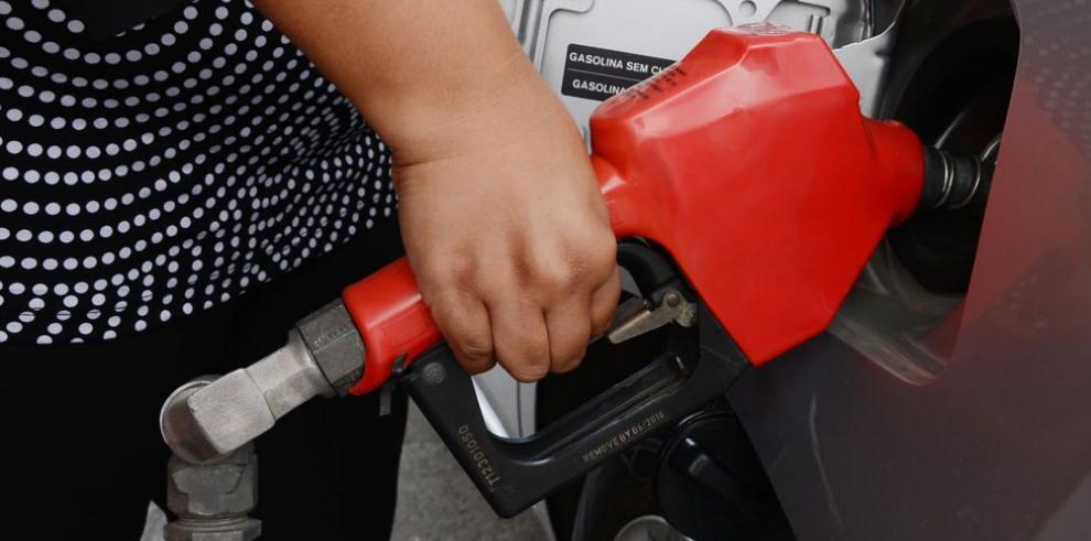 Ecuador busca generalizar uso de gasolina de etanol