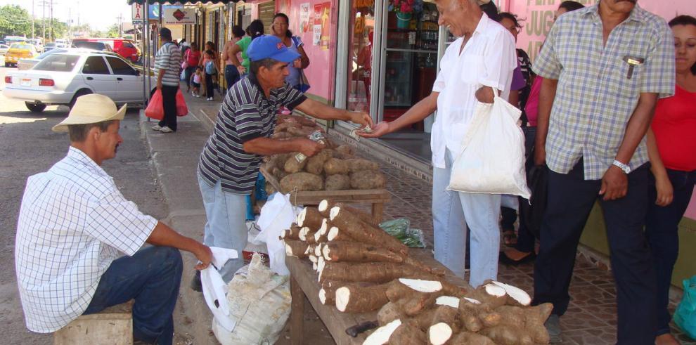 En Aguadulce urge un mercado público
