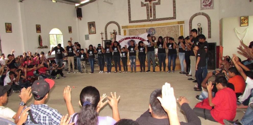 Iglesias buscan apartar a jóvenes de las pandillas