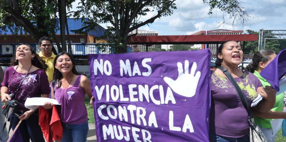Organizaciones de mujeres preguntan por Omar Vélez