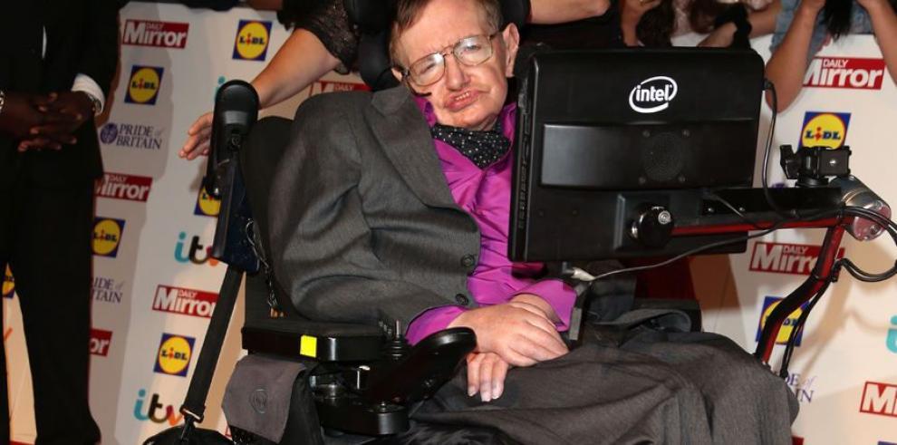Stephen Hawking no necesita a Dios