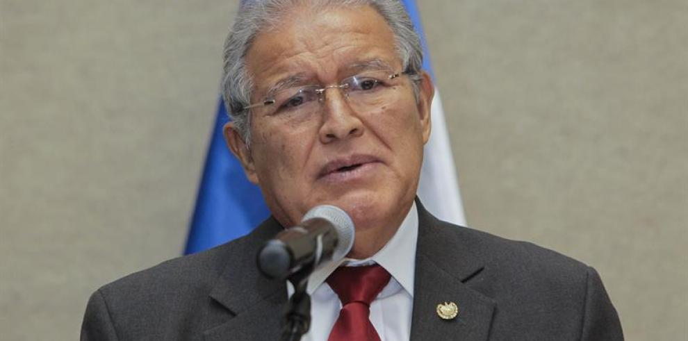 Martinelli se reunió con presidente electo de El Salvador Sánchez Cerén