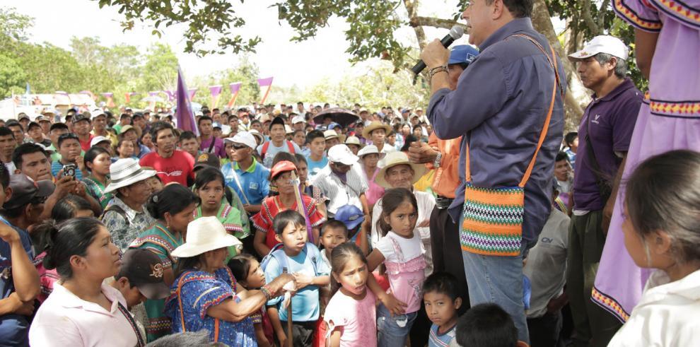 El país funciona en automático: Varela