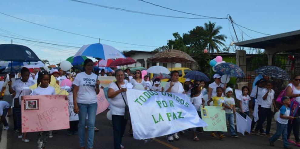 Chorreranos marchan por la paz