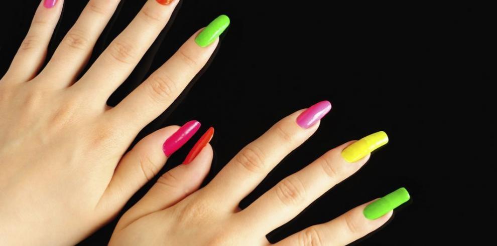 El paso a paso para decorar tus manos