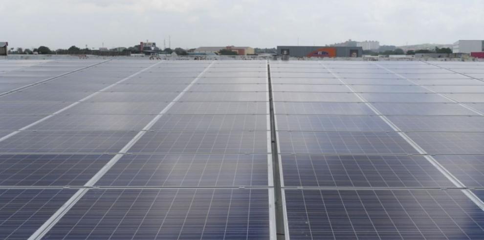 Raenco invierte en un plantel solar