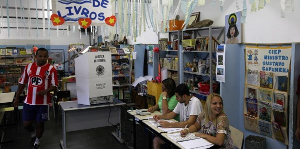 El candidato de Neves y Silva gana el gobierno regional de Brasilia