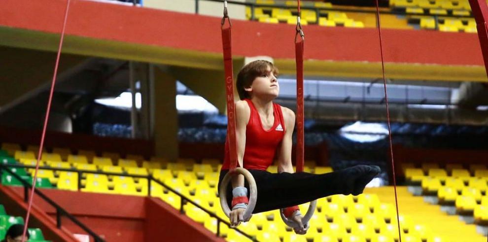 Panamá domina la primera jornada en la gimnasia